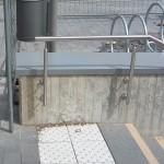 Edelstahlhandlauf mit Mauerabdeckung