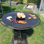 Bester Grill mit runder Feuerplatte Stahl